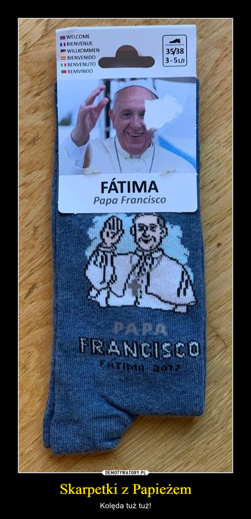 Skarpetki z Papieżem